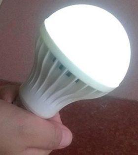 Bóng LED tích điện Lezza 7w giá rẻ, Bóng LED tích điện Lezza 7w chất lượng cao, Bóng LED tích điện Lezza 7w Vĩnh Thái, Bóng LED tích điện Lezza 7w